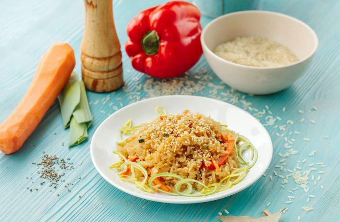 Рис по-восточному с овощами
