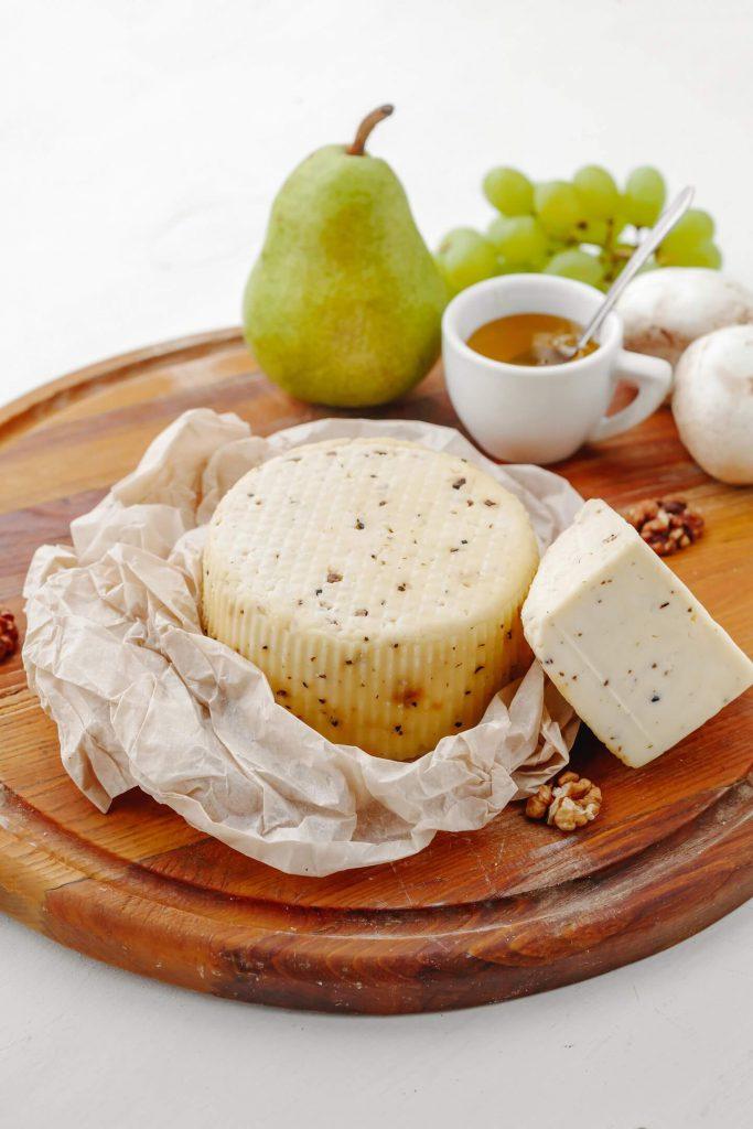 Сыр Качотта-с-итальянским-трюфелем