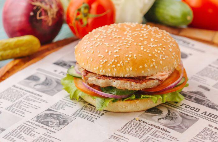 Фреш бургер с натуральной свиной котлетой
